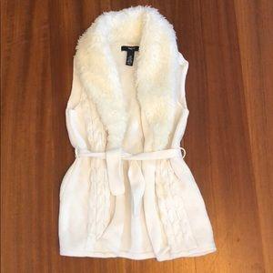 GAP Girl's Sweater Vest Faux Fur Collar Medium EUC